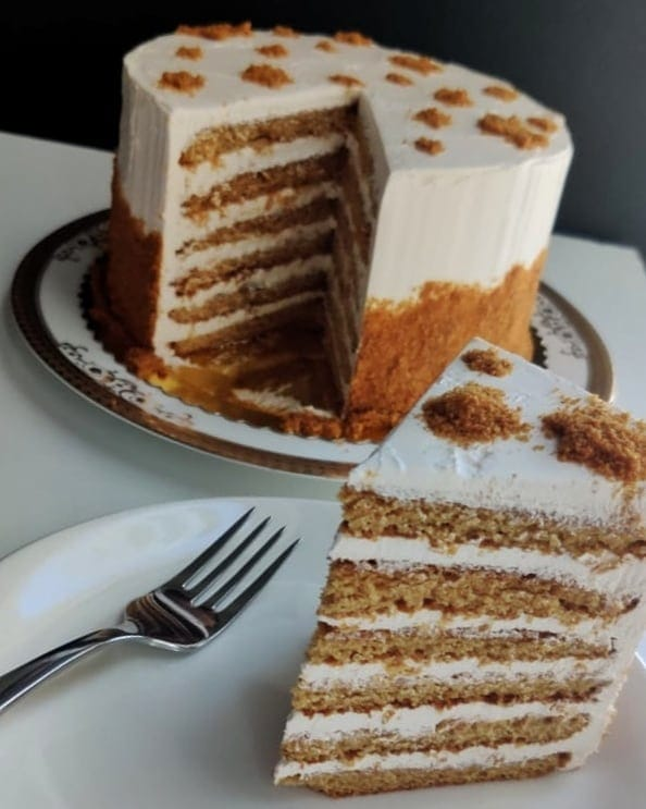 six-layered honey cake