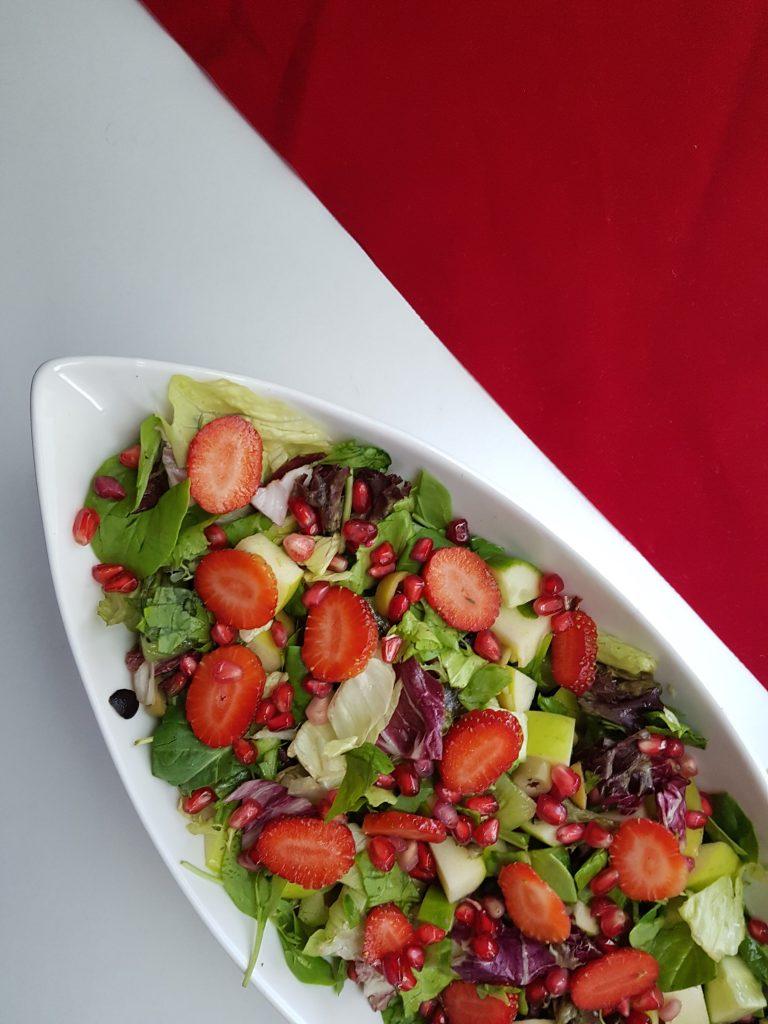 strawberry boat salad